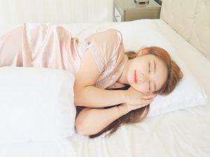 6 Bahan Bantal Berkualitas Agar Tidur Nyaman