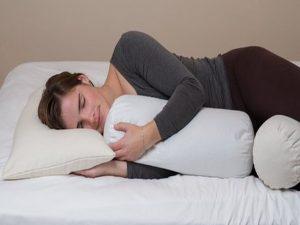 Inilah Tips Memilih Guling Tidur Yang Aman